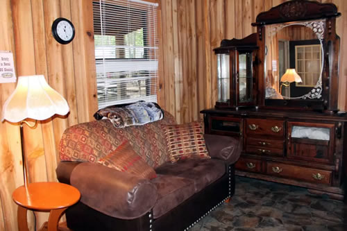 Davy Crockett Campground Black Bear Suite